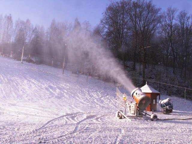 Snieżenie stoku